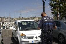 police-pv.jpg